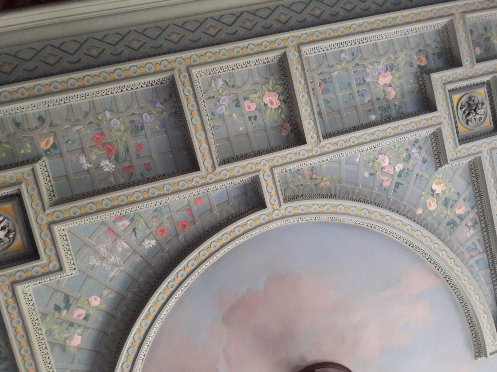 Décor Plafond salon château particulier- fresque en trompe l'oeil