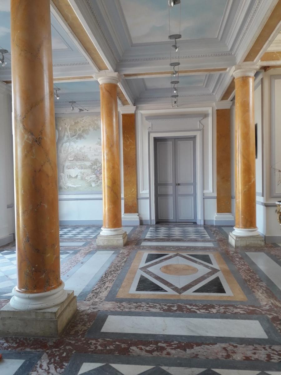 Château des Vaux Fondation Apprentis d'Auteuil6  fresque en trompe l'oeil