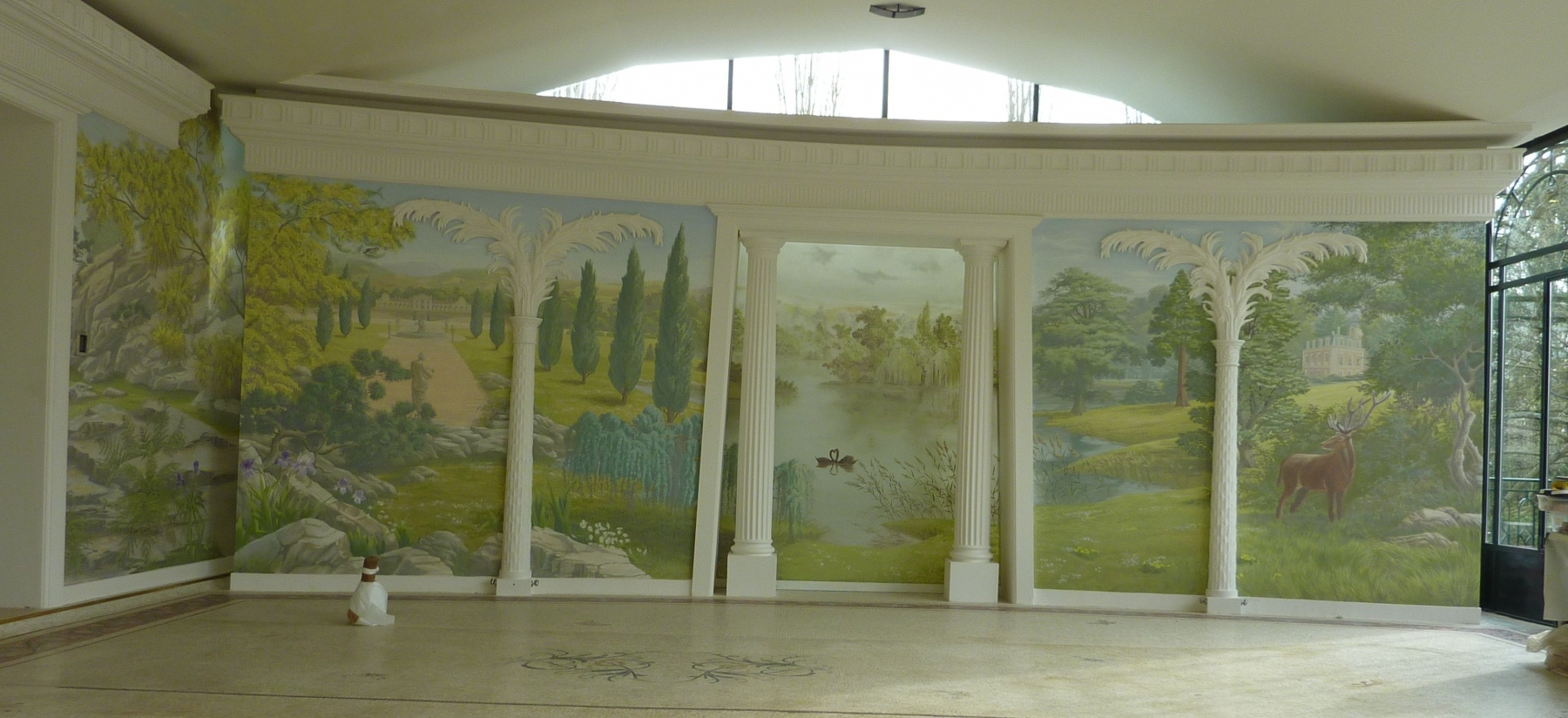 Décor Piscine particulier- fresque en trompe l'oeil.